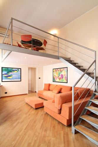 Aparthotel torino appartamenti per soggiorno deluxe for Appartamenti arredati torino