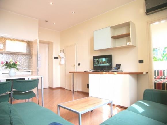 Residence torino centro affitto bilocali arredati for Appartamenti arredati torino