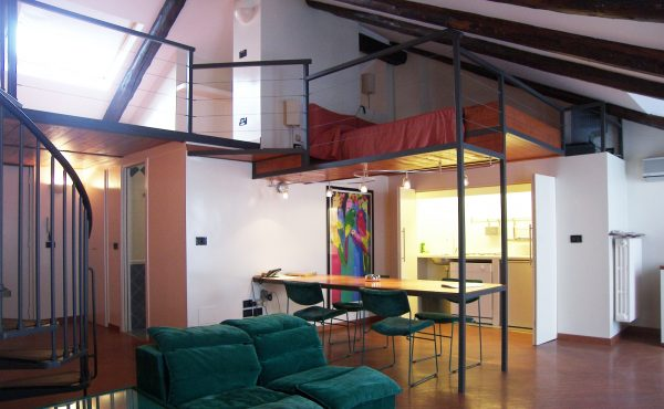 Open space on two floors 7 en Residence Torino